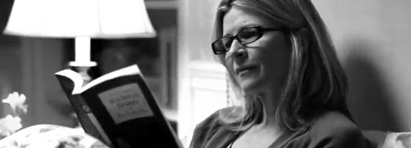 Lire au lit avec une liseuse