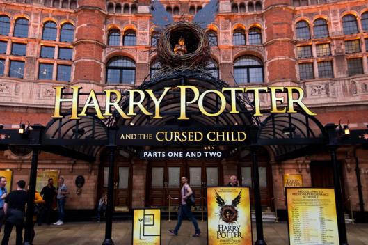 théâtre harry potter et l'enfant maudit