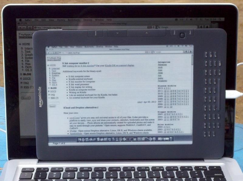 une liseuse kindle comme moniteur d'ordinateur