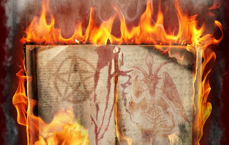 livre qui brûle