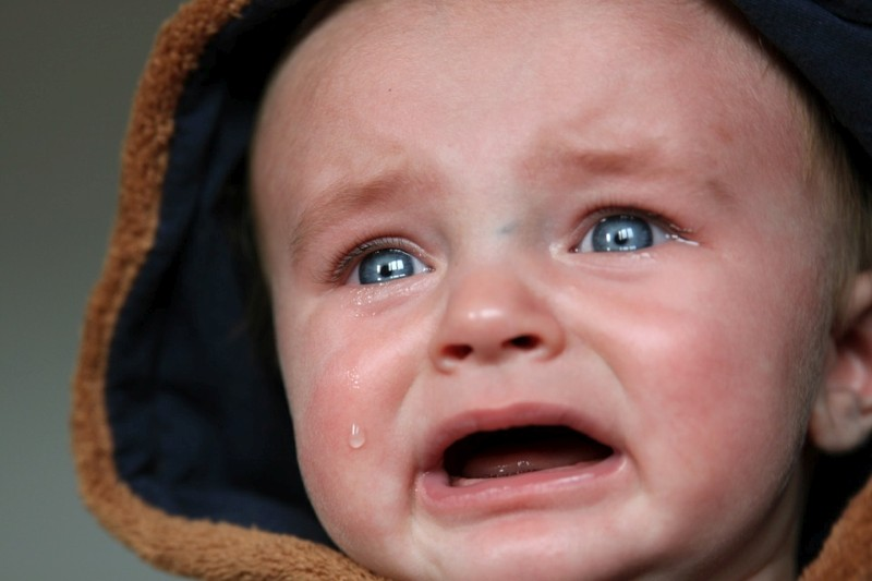 bébé triste