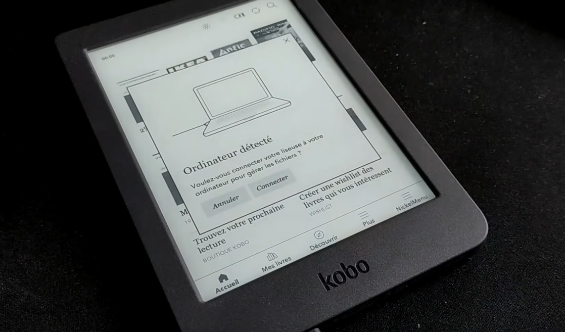 liseuse kobo connectée à un ordinateur
